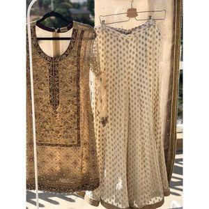 Designer Pakistani Bridal Outfit Size S NEW